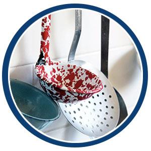Kitchen Gadgets & Cookware